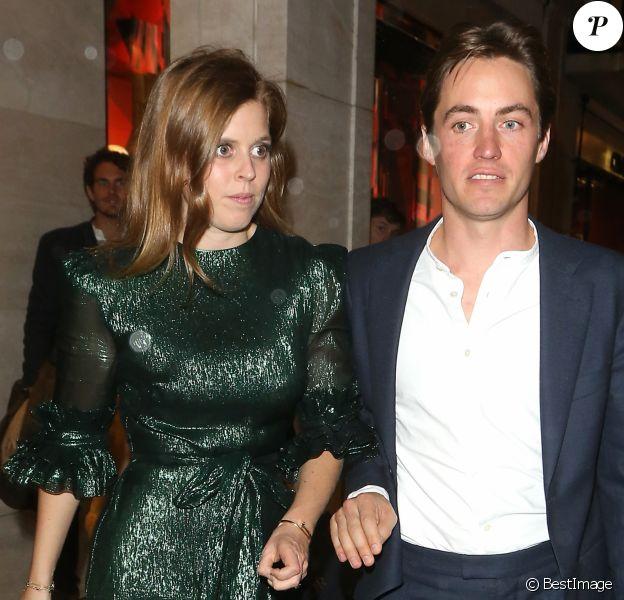 """La princesse Beatrice d'York et son fiancé Edoardo Mapelli Mozzi - People à la soirée de lancement du livre de N. von Bismarck """"The Dior sessions"""" à Londres le 1er octobre 2019."""