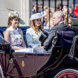 """La princesse Eugenie d'York, la princesse Beatrice d'York et le prince Andrew, duc d'York - La famille royale d'Angleterre arrive au palais de Buckingham pour assister à la parade """"Trooping The Colour"""" à Londres le 17 juin 2017."""
