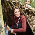 Catherine (Kate) Middleton, duchesse de Cambridge, se rend au siège des scouts de Gilwell Park pour en apprendre davantage sur leur nouvelle organisation et leur mode de vie. Londres, le 28 mars 2019