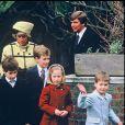Diana et son fils le prince William en décembre 1987.