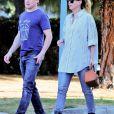 Ellen Pompeo et son ami T. R. Knight sont allés déjeuner chez Joan's à Studio City, Los Angeles, Californie, Etats-Unis, le 6 mars 2020.