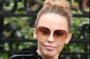 Kylie Minogue : petite mine ET fashion faux-pas, c'est un peu beaucoup non ?
