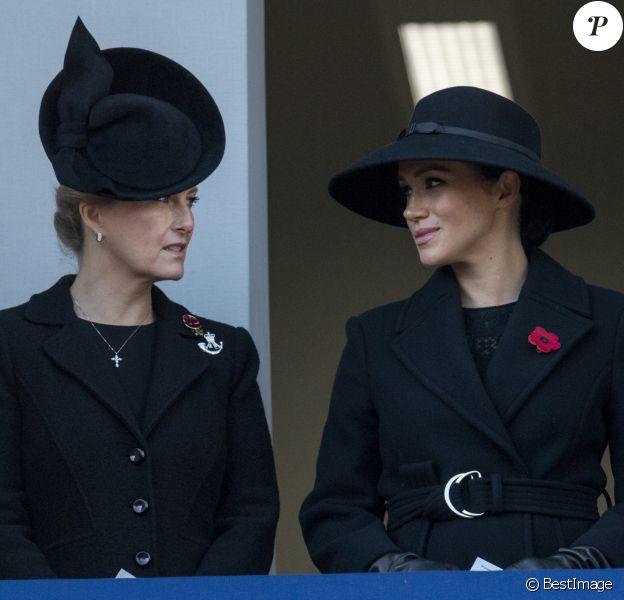 Sophie Rhys-Jones, comtesse de Wessex, Meghan Markle, duchesse de Sussex - La famille royale d'Angleterre lors du National Service of Remembrance à Londres le 10 novembre 2019.