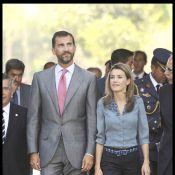Letizia d'Espagne gagne le concours d'élégance entre... son barbu de mari Felipe et sa soeur Telma !