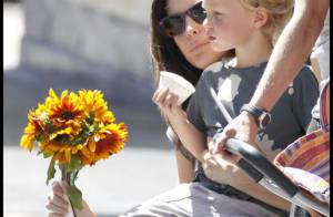 Liv Tyler trop mignonne avec son fils et très complice avec un mystérieux brun...