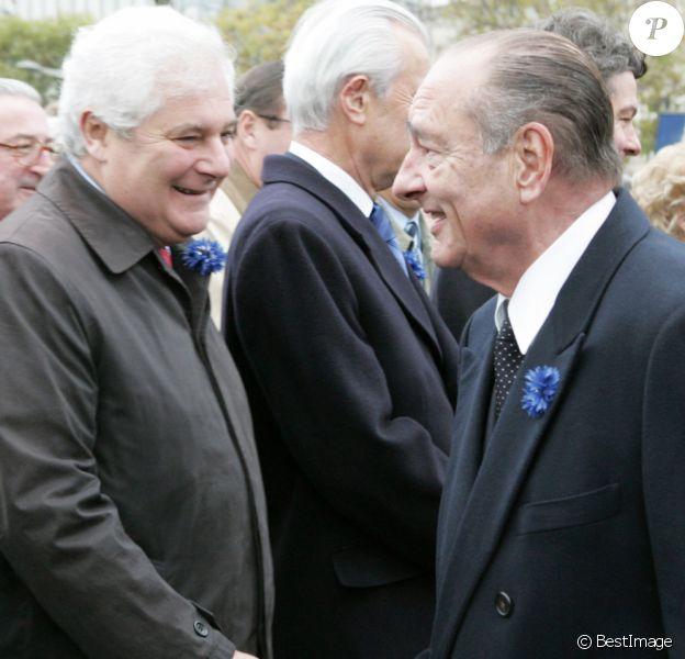 Pascal Clément et Jacques Chirac - Cérémonies marquant le 88e anniversaire de l'armistice de 1918 à Paris, le 11 novembre 2006.