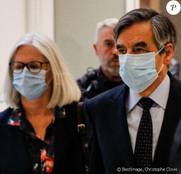 Sortie - Le jugement de l'ex-Premier ministre, François Fillon, sa femme Penelope et son ancien suppléant à l'Assemblée Marc Joulaud est rendu au tribunal correctionnel de Paris le 29 juin 2020. Christophe Clovis / Bestimage
