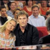 Véronique Sanson et son fils Chris Stills : pause tendresse sous les yeux de Meryl Streep, Mélanie Thierry et Michel Drucker !