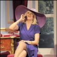 Amanda Lear dans la pièce de théâtre  Panique au ministère .