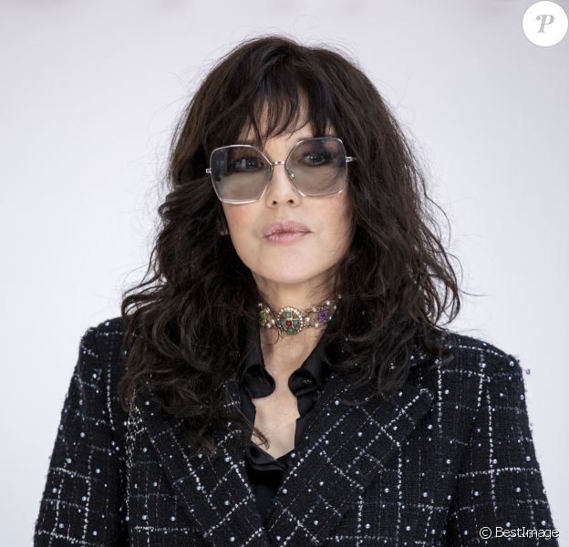 Isabelle Adjani - Photocall - Défilé Chanel collection prêt-à-porter Automne/Hiver 2020-2021 lors de la Fashion Week à Paris, le 3 mars 2020. © Olivier Borde/Bestimage