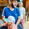 Laurent Ournac avec ses enfants Capucine et Léon, le 4 juillet 2020, sur Instagram