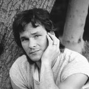 "Mort de Patrick Swayze : Retour en images sur la vie de la star de ""Dirty Dancing"", ""Ghost"" et ""Point Break""..."