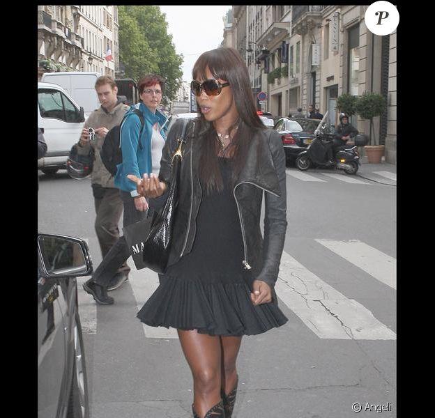 Naomi Campbell lors de son arrivée à Paris le 15/09/09
