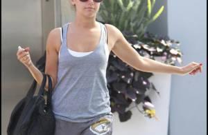 Ashley Tisdale : Elle sort de chez son boyfriend et... s'affiche avec Coco !