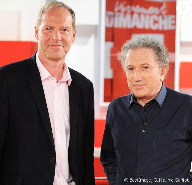 """Exclusif - Michel Drucker et Christian Prudhomme - Enregistrement de l'émission """"Vivement Dimanche"""" présentée par M.Drucker. © Guillaume Gaffiot / Bestimage"""
