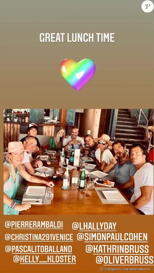 Laeticia Hallyday, son compagnon Pascal Balland et leurs amis en vacances à Saint-Barthélémy, le 24 août 2020 sur Instagram.