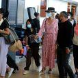 Exclusif - Laeticia Hallyday en famille au départ de l'aéroport Charles-de-Gaulle à Paris pour Saint-Barthélemy. Le 21 juillet 2020. @Agence / Bestimage