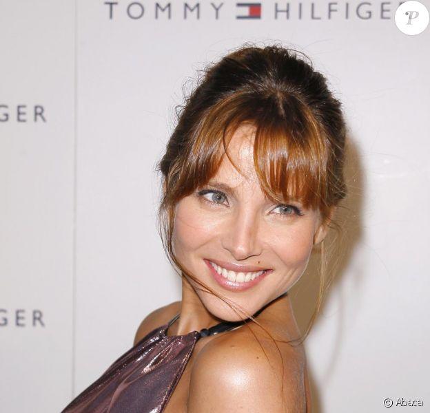 Elsa Pataky à la soirée Tommy Hilfiger le 17/09/09 à New York sur la 5e Avenue