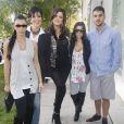 Kim Kardashian, Kris Jenner, Khloé, Kourtney et Rob Kardashian à West Hollywood. Los Angeles, décembre 2008.