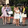 Kendall Jenner, Kris Jenner, Kylie Jenner, sa grand-mère MJ, Kourtney Kardashian, Kim Kardashian, Kylie Jenner, Bruce Jenner et Mason Disick à Agoura Hills. Avril 2012.