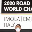 Julian Alaphilippe a remporté le titre de champion du monde de cyclisme en Italie, le 27 septembre 2020 © Vincent Kalut/Panoramic/Bestimage
