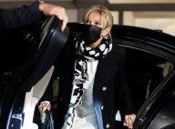 Brigitte Macron : Chignon chic et look graphique, elle s'illustre en Lituanie
