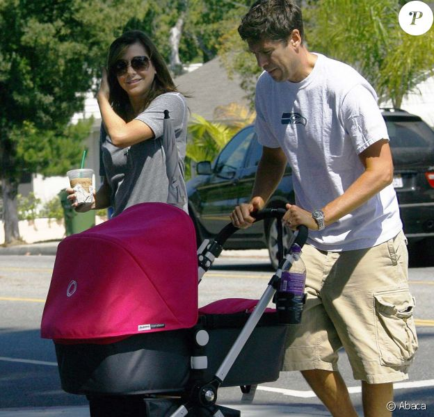 Alyson Hannigan, son mari et leur fille Satyana à Los Angeles, septembre 2009