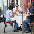 Katie Holmes et son compagnon Emilio Vitolo Jr sont allés déjeuner dans une pizzeria à New York pendant l'épidémie de coronavirus (Covid-19), le 25 septembre 2020