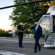 Le président des Etats-Unis Donald Trump quitte la Maison Blanche, à bord de Marine One, pour le centre médical militaire national Walter Reed à Bethesda, car diagnostiqué positif au Covid-19 (Coronavirus).