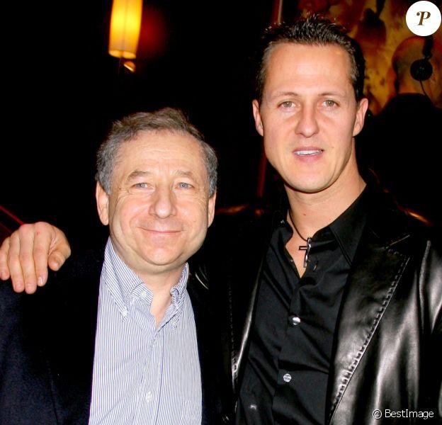 """Jean Todt et Michael Schumacher - première du film """"Arthur et les Minimoys"""" à Paris."""