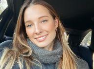 Ilona Smet : Torride en tee-shirt mouillé dans son bain
