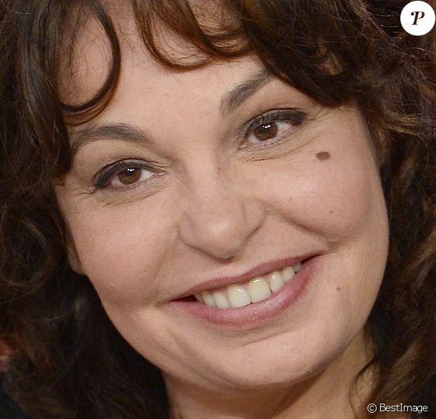 """Isabelle Mergault - Enregistrement de l'émission """"Vivement Dimanche"""" à Paris."""