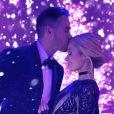 Paris Hilton et son petit ami Carter Reum fêtent le premier anniversaire de leur relation.