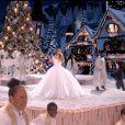 """Mariah Carey dans le clip de la chanson """"Oh Santa!"""" avec Ariana Grande et Jennifer Hudson."""