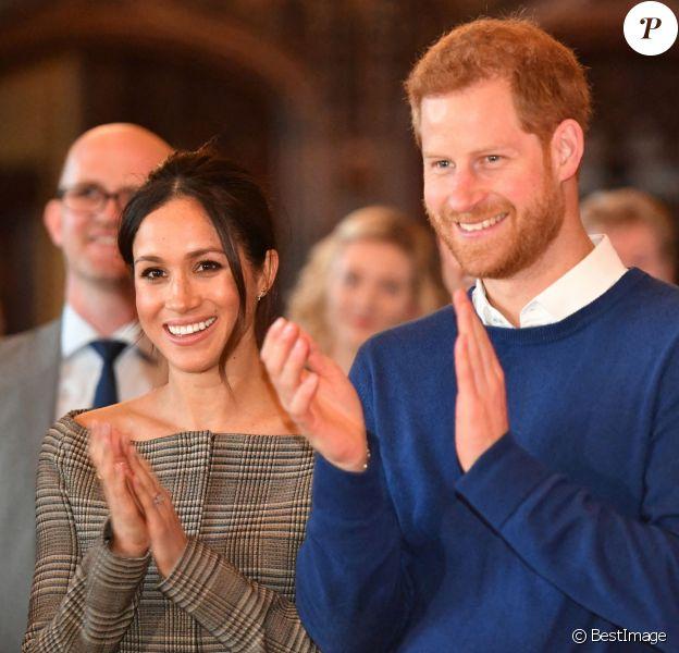 Le prince Harry et sa fiancée Meghan Markle visitent le château de Cardiff, quatre mois avant leur mariage.