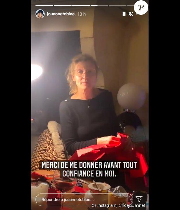 Alexandra Lamy moque gentiment sa fille Chloé Jouannet sur Instagram, devant l'élection de Miss France 2021, le 19 décembre 2020.