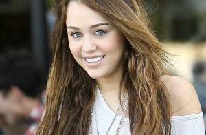 Miley Cyrus : elle se met au rap et veut quitter Twitter ! Mais son père s'y oppose ! Look !