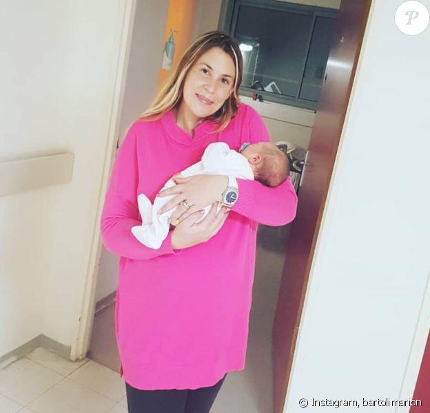 Marion Bartoli, maman pour la première fois, a partagé de nouvelles photos de son bébé sur Instagram pour Noël.