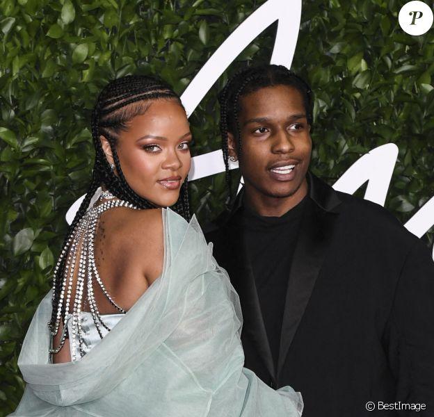 """ASAP Rocky, Rihanna - Les célébrités assistent à la cérémonie des """"Fashion Awards"""" au Royal Albert Hall à Londres."""