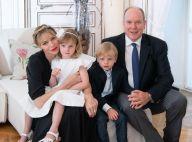 Charlene de Monaco : Le crâne rasé assagi pour ses voeux avec Albert