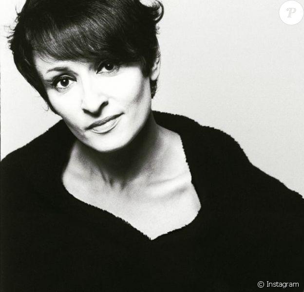 """Barbara, Monique Serf, interprète du titre """"L'aigle noir"""""""