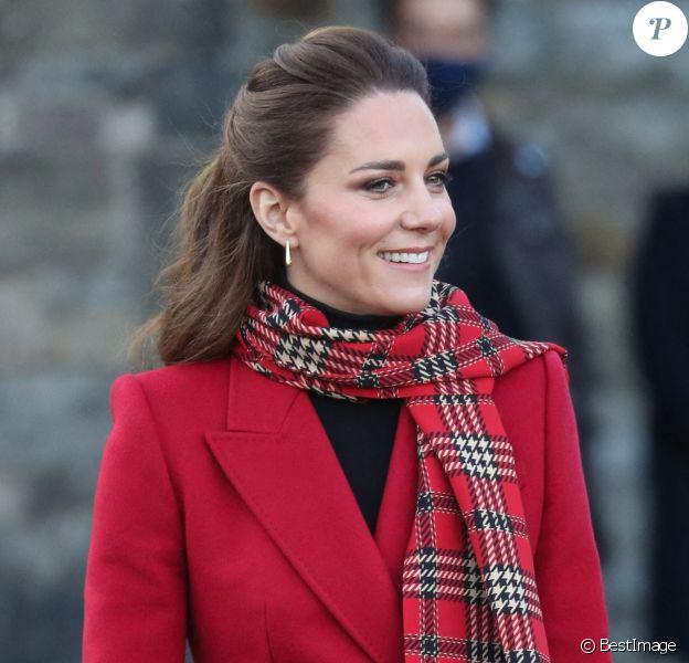 Catherine Kate Middleton, duchesse de Cambridge lors d'une visite du chateau de Cardiff.