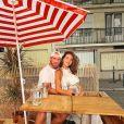 Louise Chabat, enceinte, pose avec son compagnon Julien à Paris. Instagram le 2 octobre 2020.