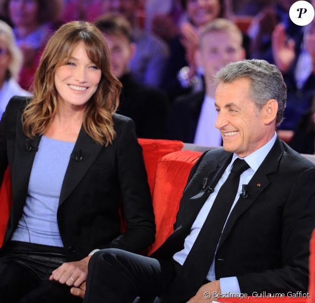"""Exclusif - Carla Bruni-Sarkozy et Nicolas Sarkozy - Enregistrement de l'émission """"Vivement Dimanche"""" à Paris © Guillaume Gaffiot/Bestimage"""