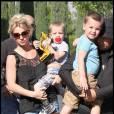 Britney Spears et ses enfants Jayden et Sean à Calabasas à Los Angeles le 22 octobre 2009