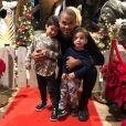 Tony Parker avec ses fils Liam et Josh à Noël.