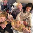 Hilaria Baldwin, la femme d'Alec Baldwin, a annoncé l'arrivée d'un nouvel enfant (le sixième du couple) le 1er mars 2021.