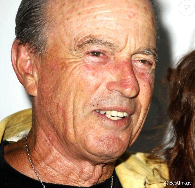 Fred Segal lors d'une soirée caritative au bénéfice de la lutte contre le cancer du sein à Beverly Hills