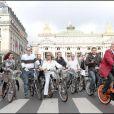 Les présentateurs météo du monde entier roulent pour le Green Ride de Paris (25 octobre 2009)
