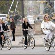 Evelyne Dhéliat et Fabienne Amiach au Green Ride de Paris (25 octobre 2009)